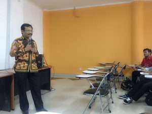 Wakil Dekan 1 FKH UNAIR Prof.Dr.drh. Fedik A. Rantam